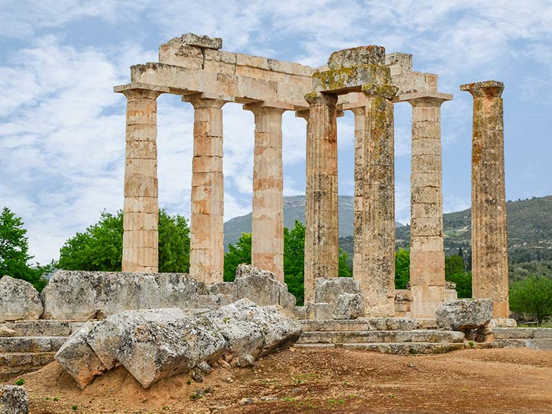 http://peloponnisossearch.com/images/site/ancient-nemea//001-ancient-nemea-temple-of-zeus.jpg